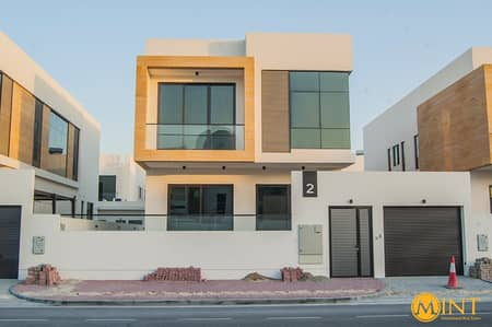 5 Bedroom Villa for Rent in Umm Suqeim, Dubai - Modern style 5 bedroom ensuite brand new villa for rent.