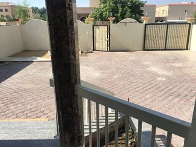 2 BIG KITCHEN - MAIN ROAD BEHIND - 4 BEDROOM HALL MAJLIS MAID PLUS MULHAQ VILLA - 2 KITCHEN////