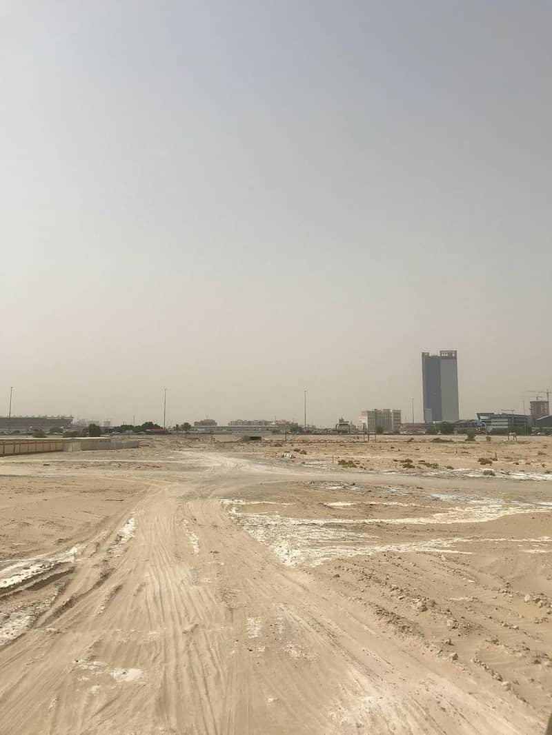 2 G + 6 Plot in Al Barsha Good location for Residential and Retail Shop