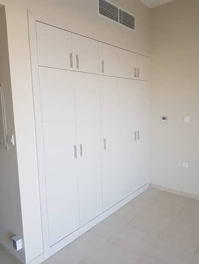Studio for Rent in Dubailand, Dubai - Chiller free!Affordable Rent!! Studio Apartment in Dubai residence Complex.