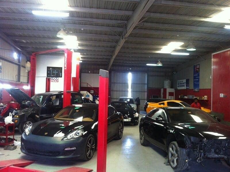 2 Al Qouz Industrial 3- Car Garage wit0h paint room