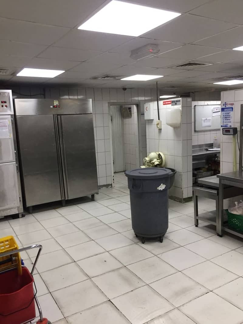 AED 170K for Central kitchen in prime location of Al Qouz industrial 2