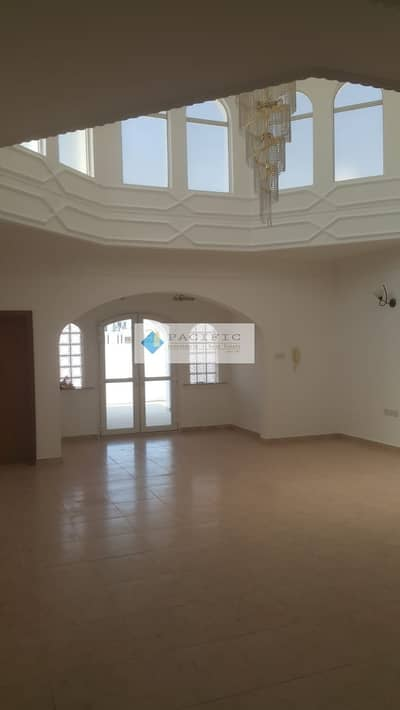 3 Bedroom Villa for Rent in Umm Suqeim, Dubai - Independent Villa Um Suqeim1 +Maids Room