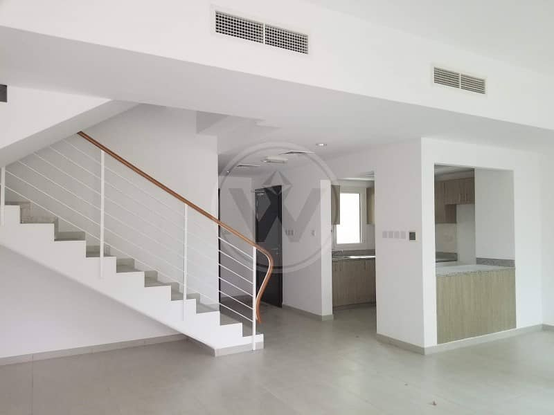 3 bed with family room + study + maid's!