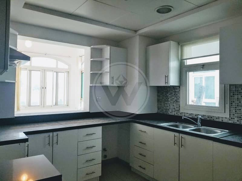 2 3 bed with family room + study + maid's!