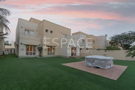 5 Bedroom Villa for Rent in The Meadows, Dubai - Well Maintained  - Type 10 -  Single Row