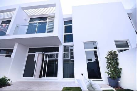 3 Bedroom Townhouse for Rent in Mudon, Dubai - 3 BR. Single Row. Close to Park and Pool