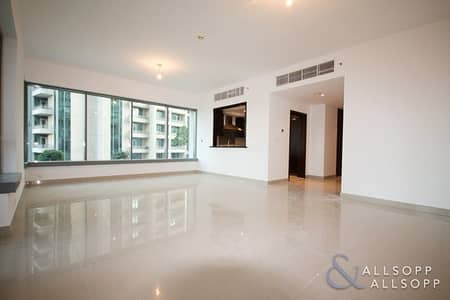 2 Bedroom Apartment for Sale in Downtown Dubai, Dubai - Fountain View | Large Two Bed | Low Floor