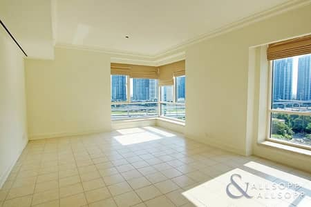 4 Bedroom Apartment for Rent in Dubai Marina, Dubai - Partial Marina and Golf View | Available
