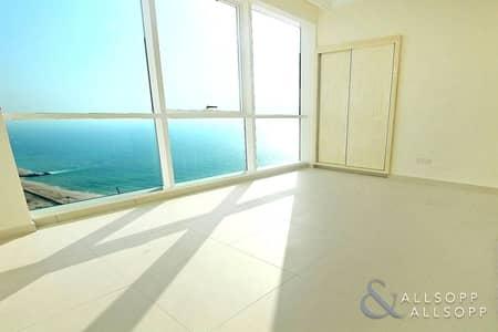 شقة 2 غرفة نوم للبيع في مساكن شاطئ جميرا (JBR)، دبي - Two Bedrooms Plus Maids | Private Beach