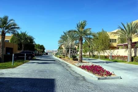 4 Bedroom Villa for Sale in Al Raha Gardens, Abu Dhabi - Elegant 4BR Corner Villa Al Raha Gardens