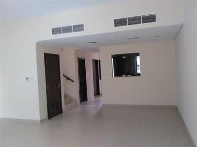 3 Bedroom Villa for Rent in Al Warsan, Dubai - EXCELLENT SINGLE ROW VILA IN WARSAN VILLAGE FACING  COMMUNITY  CENTER