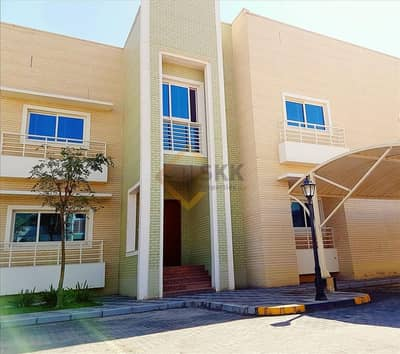 4 Bedroom Villa for Rent in Khalifa City A, Abu Dhabi - 4 Bedroom villa compound+Shared GYM/POOL