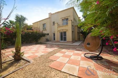 3 Bedroom Villa for Rent in The Springs, Dubai - Groomed Garden   3 Bedrooms   The Springs