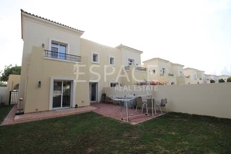 3 Bedroom Villa for Rent in The Lakes, Dubai - Well Maintained - Corner Plot - Type 3E