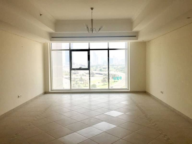 2 spacious 3 bed room plus maid golf course shiekh zyed view