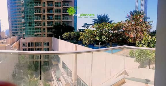 2 Bedroom Flat for Rent in Downtown Dubai, Dubai - Pool View | Big 2 Bedroom | Chiller Free
