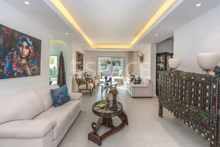 5 Bedroom Villa for Rent in The Meadows, Dubai - Private Pool - Exclusive - Fully Uograded