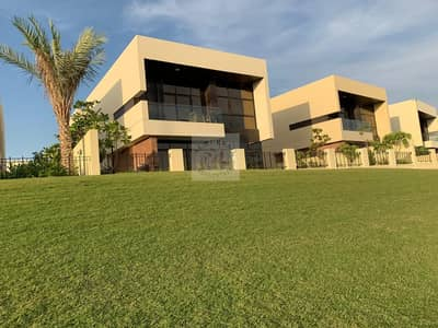 5 Bedroom Villa for Sale in DAMAC Hills (Akoya by DAMAC), Dubai - Fully Furnished 5 Bed Villa | No Commission| Pay 24% and Move IN!
