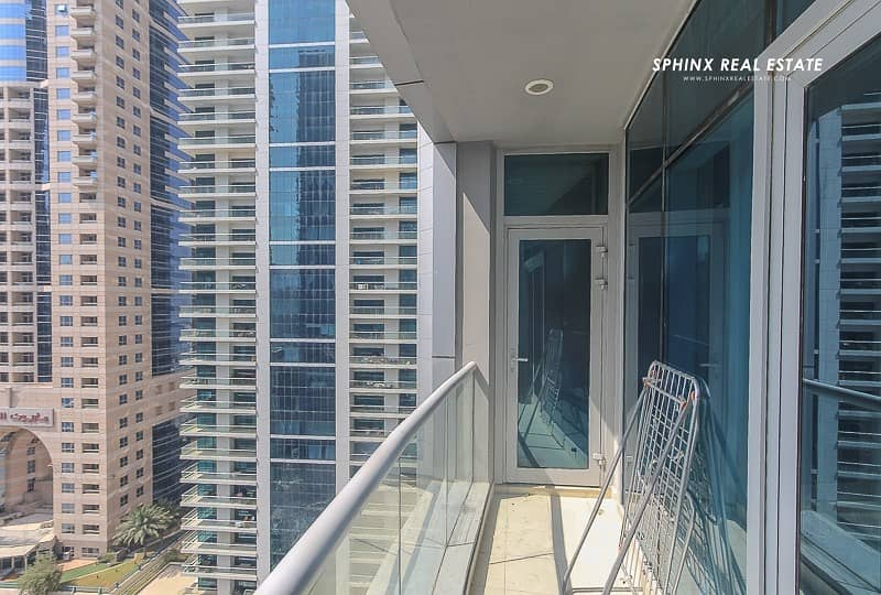 2 1 BR Amazing luxury Apartment with full Marina View