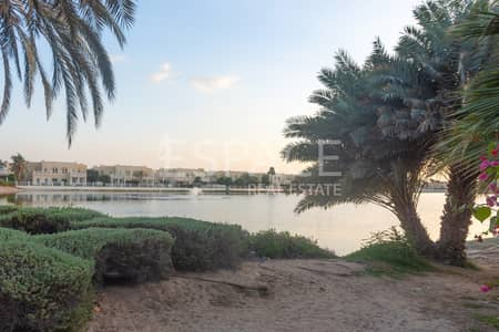 4 Bedroom Villa for Sale in The Lakes, Dubai - Idyllic Locality Type 17 Backing to Lake