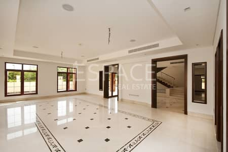 5 Bedroom Villa for Sale in Jumeirah Islands, Dubai - Best Price | 5 Bed | The Mansions