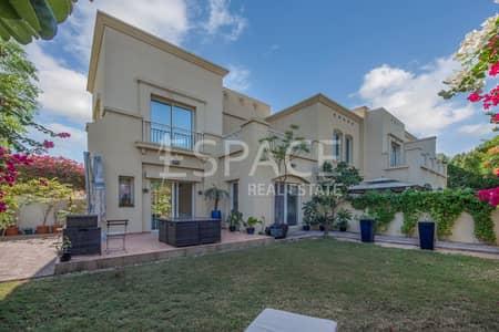 3 Bedroom Villa for Sale in The Lakes, Dubai - The Lakes | Type A End Villa | Single Row