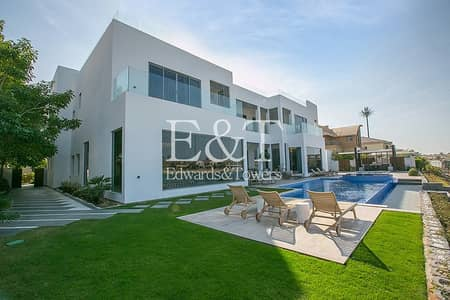 6 Bedroom Villa for Sale in Palm Jumeirah, Dubai -  fully upgraded