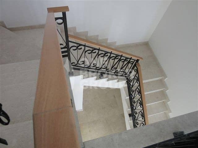 11 Palm Jumeirah 4 BR+Maids Villa for Sale!