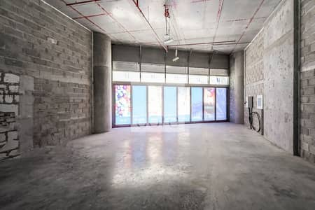 Shop for Rent in Dubai Marina, Dubai - Premium Retail  | Shell and Core | Terrace