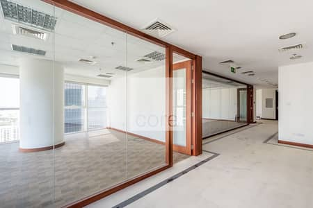 Office for Rent in Jumeirah Lake Towers (JLT), Dubai - Fitted Office with Partitions | High Floor