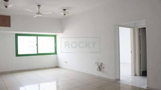Office for Rent in Al Karama, Dubai - Spacious Office   Window A/C  Al Karama