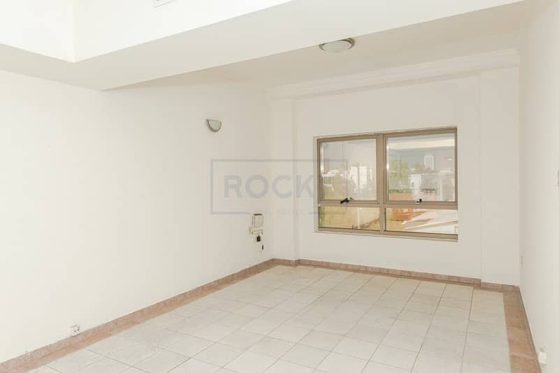 2 Spacious Studio| Swimming Pool & Gym| Al Karama
