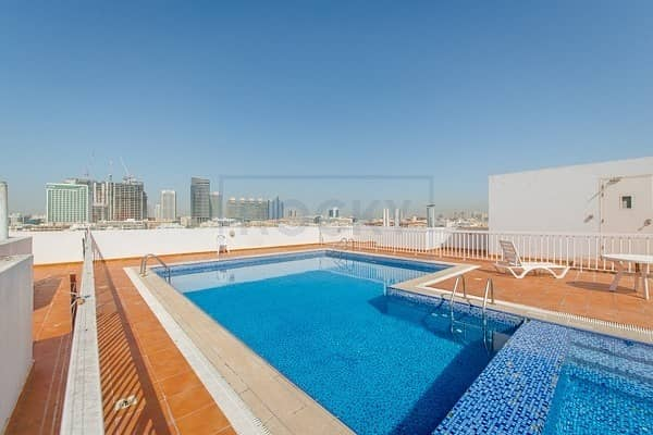 3 Bed   Swimming pool