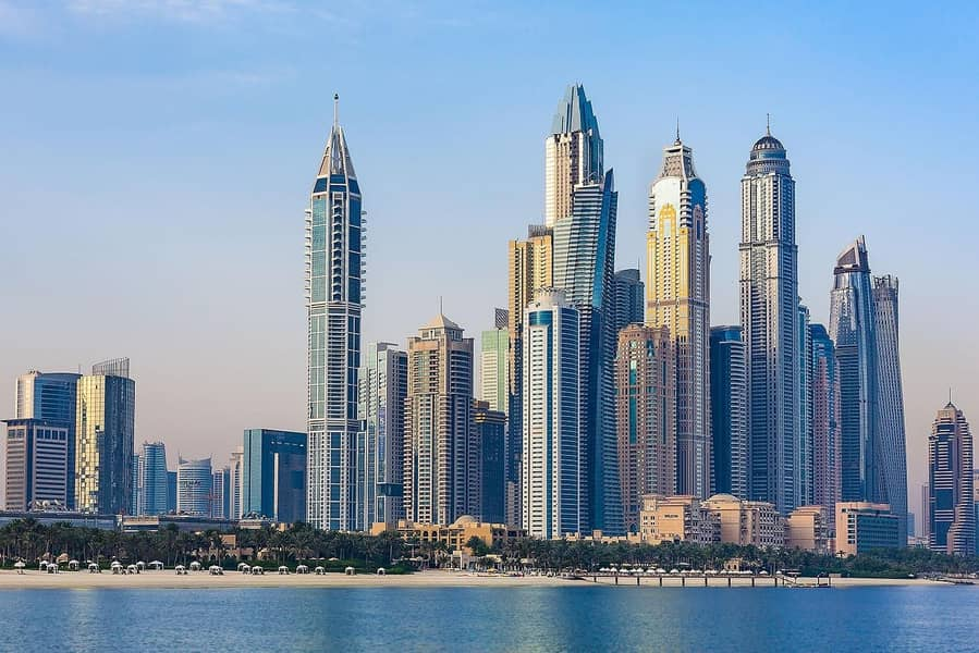 A Dubai Marina supertower comprising of breathtakingly elegant 3 bedroom contemporary
