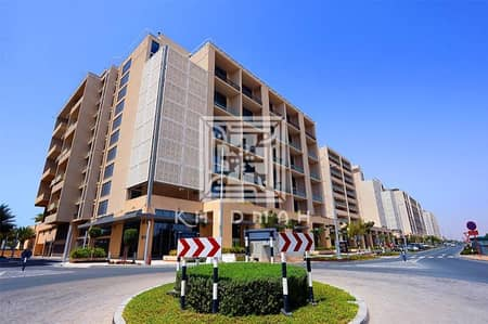 1 Bedroom Flat for Sale in Al Raha Beach, Abu Dhabi - Cozy 1-BR Apartment available for sale in Al Zeina