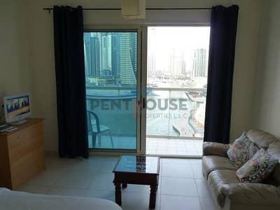 Studio for Rent in Dubai Marina, Dubai - Spacious & Bright Studio with Big Balcony and full Panoramic view