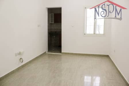 Studio for Rent in Al Zahraa, Abu Dhabi - Prime studio! No Commission! Good for family!