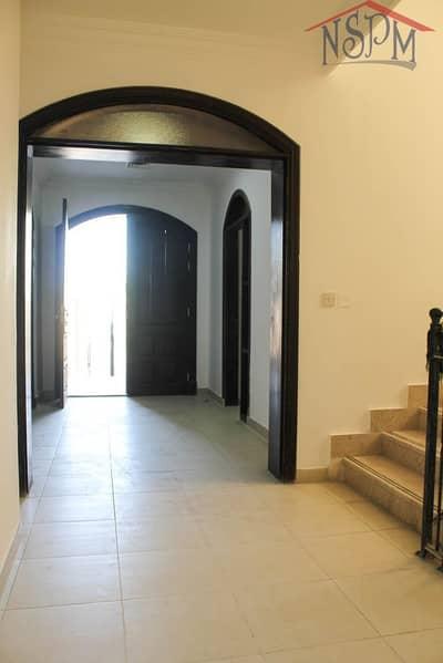 Studio for Rent in Al Mushrif, Abu Dhabi - Charming studio! Direct from owner! Good for family!