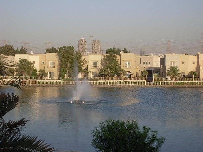 11 Amazing Lake View 3 Bedroom +  Study Villa for Rent
