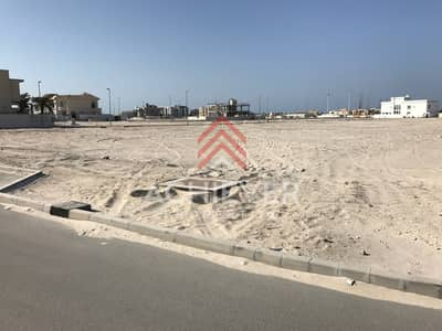 Plot for Sale in Pearl Jumeirah, Dubai - Great Deal & Location Close to Community