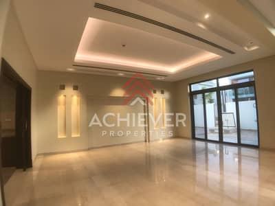 5 Bedroom Villa for Rent in Mohammad Bin Rashid City, Dubai - Stunning corner 5 bed Arabic style villa