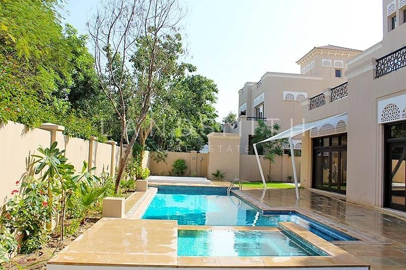 Exclusive Fully Upgraded Huge 7BR Villa
