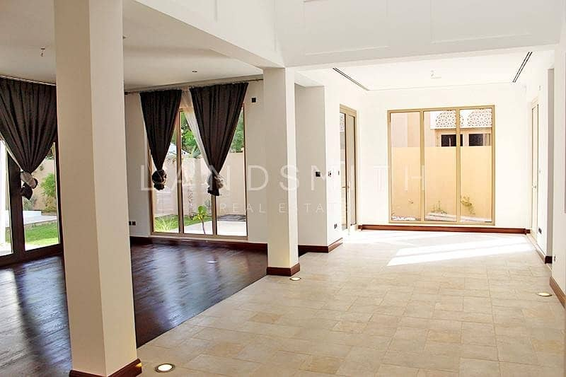 2 Exclusive Fully Upgraded Huge 7BR Villa
