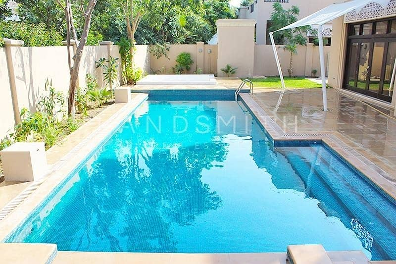 25 Exclusive Fully Upgraded Huge 7BR Villa