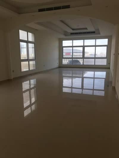 5 Bedroom Villa for Rent in Nad Al Sheba, Dubai - Modern style !5 Bedroom Villa For Rent in nadal Sheba