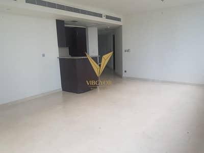 2 Bedroom Flat for Rent in DIFC, Dubai - 2 Bed Apt for Rent in Sky Gardens - DIFC