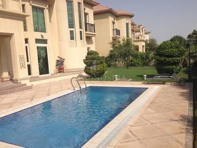 4 Bedroom Villa for Rent in Jumeirah Islands, Dubai - Lake and Skyline View Upgraded  Kitchen