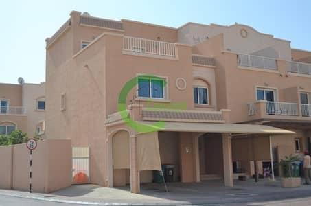 4 Bedroom Villa for Sale in Al Reef, Abu Dhabi - Nice Double Row 4BR Villas Available Now