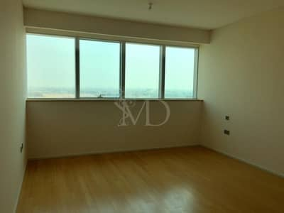 3 Bedroom Apartment for Rent in Al Raha Beach, Abu Dhabi - City outside...      Tranquility inside!